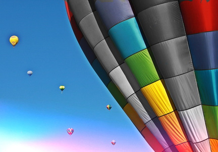 hot-air-balloon-619025