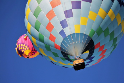 hot-air-balloon-1718342