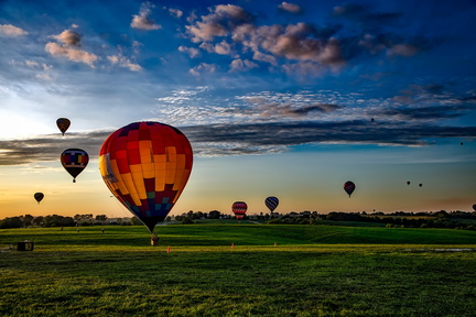 hot-air-balloons-1751458